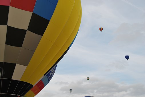 Balloons, Clouds, Color