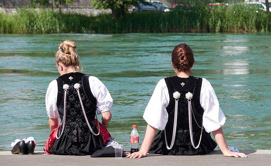 Friends, Women, Water, Costumes, Tradition, Girl