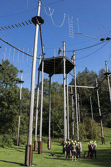 High Ropes Course, Actors, Meadow, Sunny, Team Training