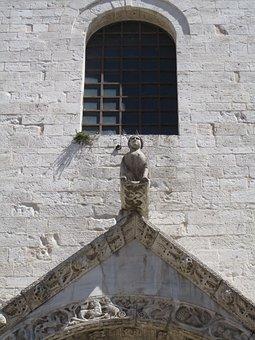Bari, Italy, Church, Puglia, Architecture, Statue, Roof
