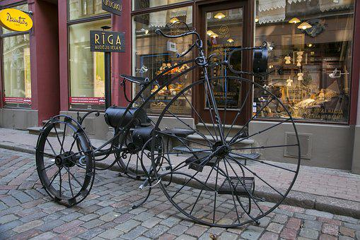 Bike, Showcase, Street, City, Vacation, Tourism, Riga