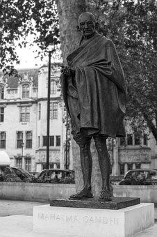 Mahatma Gandhi, Parliament Square, Westminster, London