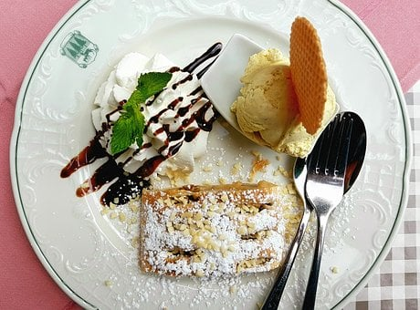 Dessert, Cake, Apple Strudel, Vanilla Ice Cream