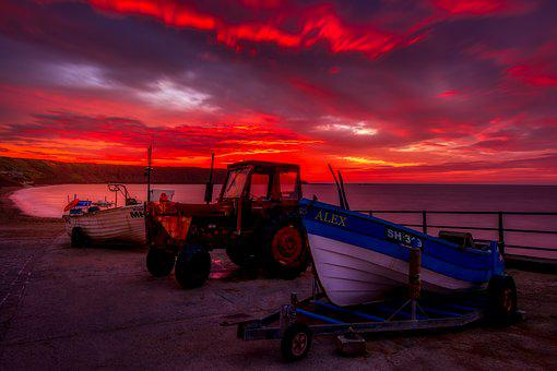 Sunrise, Filey, North Yorkshire, England, Uk, Morning