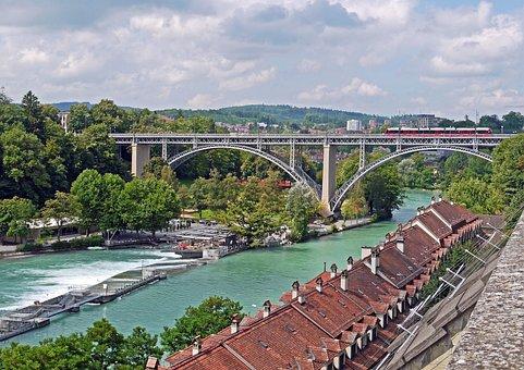 Bern, Aaretal, Kirchenfeldbücke, Downtown, Old Town