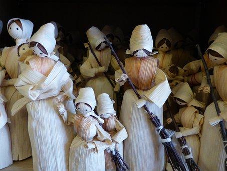 The Figurine, Handicraft, Straw, Hay, Character