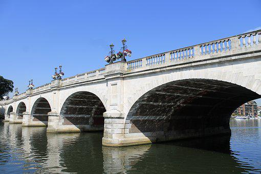 Kingston, Kingston Upon Thames, Kingston Bridge, River