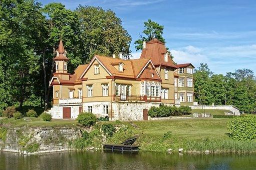 Estonia, Island Of Saaremaa, Kuressaare, House
