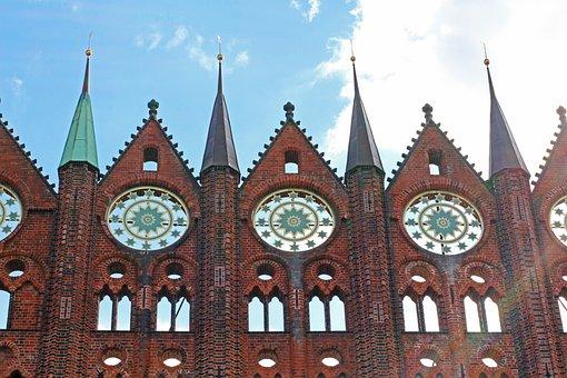 Stralsund, Nikolai Church, Town Hall, Look Front