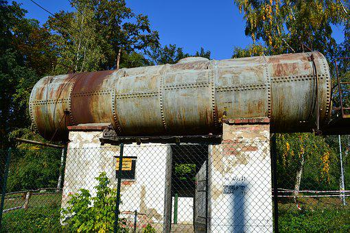 Monument Technology, The Tank, Retro, The Industry, Old