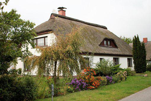 House, Hiddensee, Vitte, Thatched Roofs