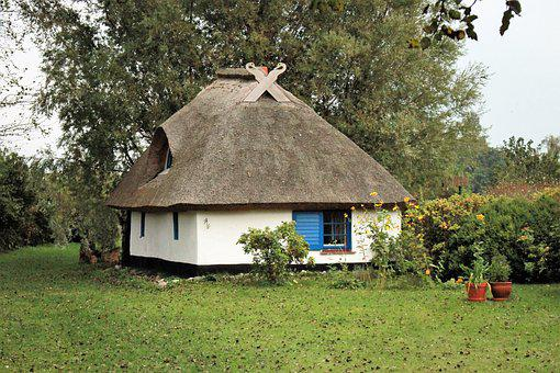 Small House, Vitte, Hiddensee, Thatched Roofs, Building