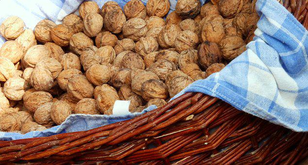 Walnuts, Nuts, Shell, Food, Delicious, Healthy, Nut