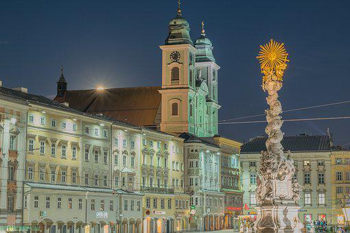 Linz, Hauptplatz, Church, Austria, Upper Austria