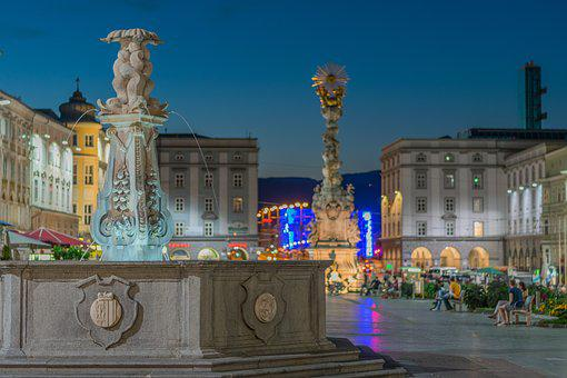 Linz, Upper Austria, Austria, Hauptplatz, Vacations
