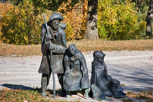 Pilgrim, Sculpture, Hohenberg, Rosenberg, Floor