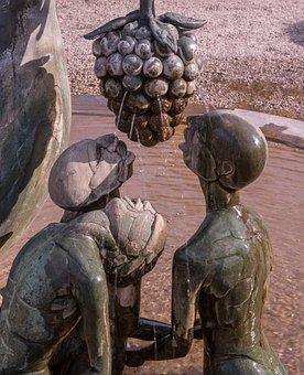 Fountain, Bronze, Sculpture, Art, Water, Artwork