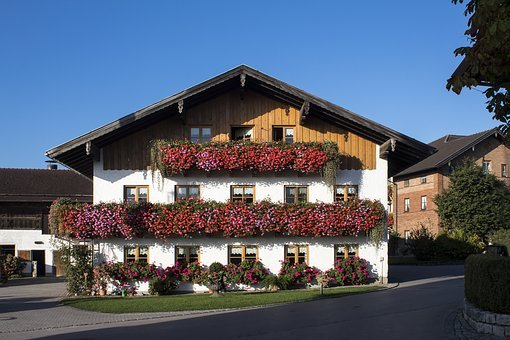 Farmhouse, Balcony, Floral Decorations, Geranium