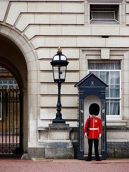 Queen's Guard, Royal Guard, England, London, Royal