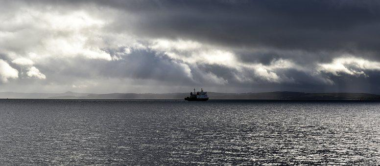 River Clyde, Ferry, Boat, Ship, Cloud, Light