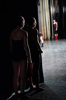 Theater, The Scenes, Baletnice, The Dancers