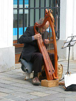 Bratislava, Street Musician, Harp