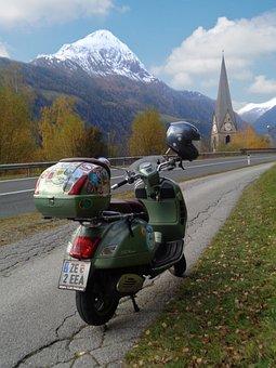 Roller, Vespa, Motor Scooter, Matrei, East Tyrol