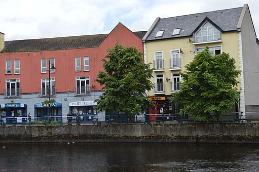 Ireland, Galway, Typical Houses, Streat, Leads