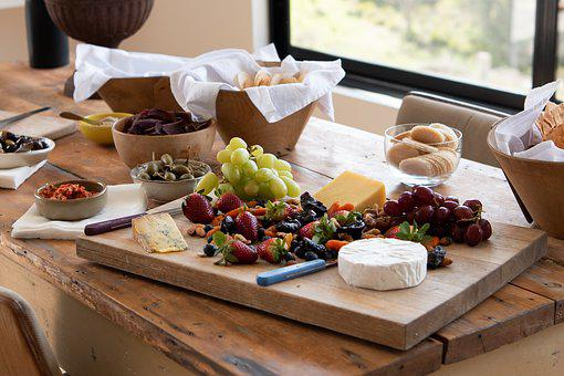 Cheese, Fruit, Cheese Platter, Grapes, Strawberries