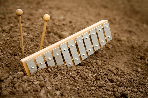 Xylophone, Schalgstäbe, Bury, Earth, Field, Dry