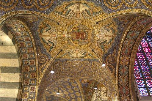 Ceiling, Church, Architecture, Interior, Dome