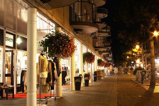 Shopping Mall, Late Night Shopping, Dark, Evening, Lit