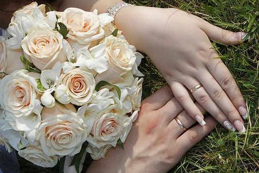 Wedding, Rings, Gold, Hands, Bouquet, Couple, The Groom