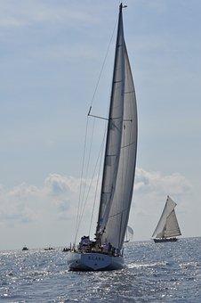 S Y Klara, Sailing, Classic Yachts