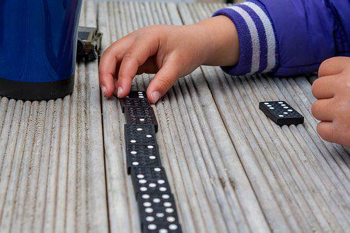 Dominoes, Game, Hands, Play, Entertainment, Pieces