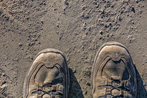 Dusty, Hiking Shoes, Runway, Fine Dust, Dust, Sandy