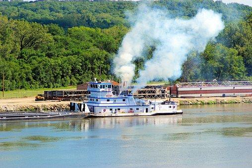 Tug On Illinois River, Tug, Tugboat, Illinois, River