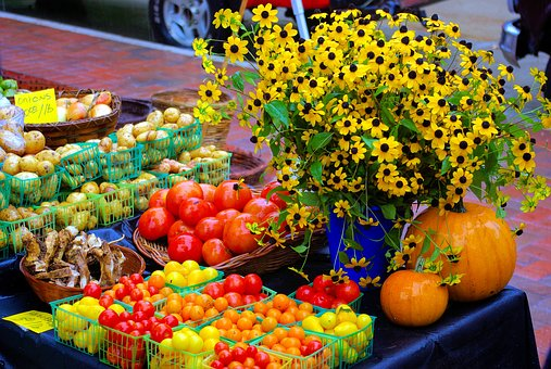 Farmers Market Table, Tomatoes, Potatoes, Sunflowers