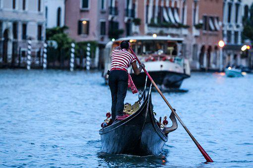 The Last Man Standing, The Gondolier, Italy, Venessia