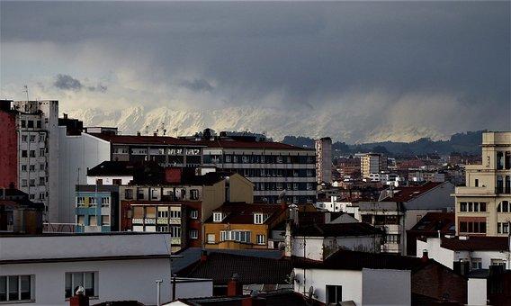 La Sierra Del Aramo, Asturias, Snowy Mountain