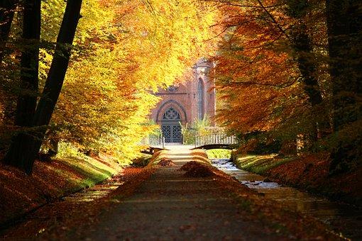Castle Park, Autumn, Ludwigslust-parchim, Avenue