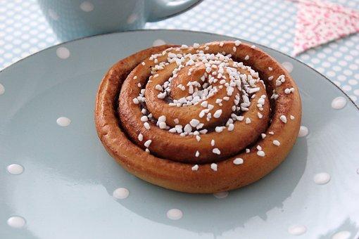 Cinnamon Swirl, Bake, Buns, Sugar Decoration