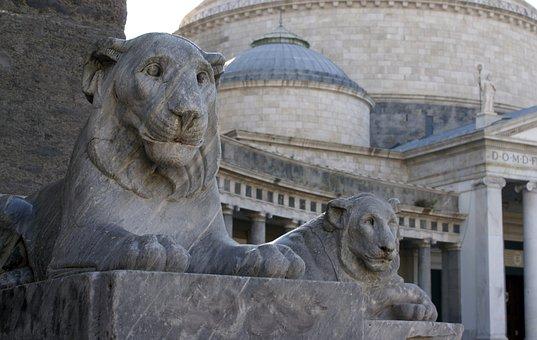 Piazza Plebiscito, Naples, Italy, Leoni, Statues