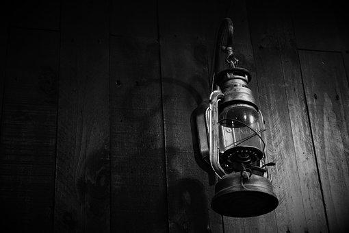 Hurricane Lamp, Lamp, Used, Illuminated, Black Lamp