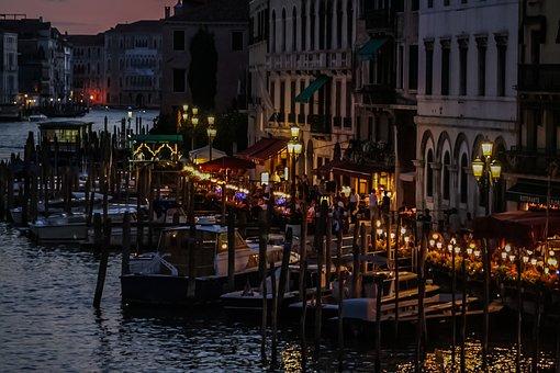 Italy, Venessia, The Gondolier, Gondola, Very Romantic