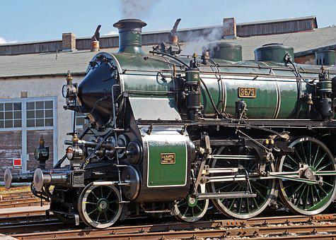 Steam Locomotive, Front, Bavarian S 3-6, Green, Fueled