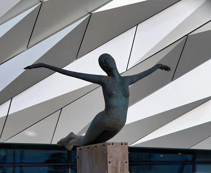 Belfast, Woman, Naked, Statue, Titanic, Museum, Ireland