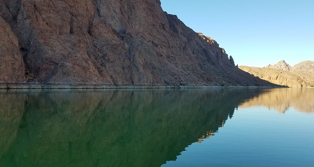 Willow Beach, Colorado River, Arizona, Boat, Rock