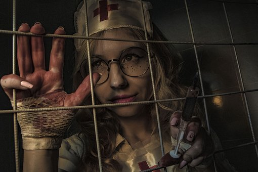 A Horror Movie, The Horrors, Syringe, Cage