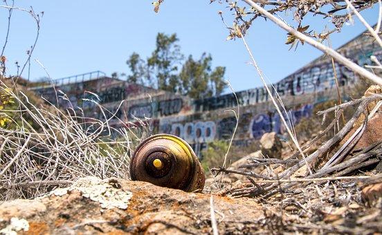 Spray, Paint, Can, Graffiti, Dam, Abandoned, Spraypaint